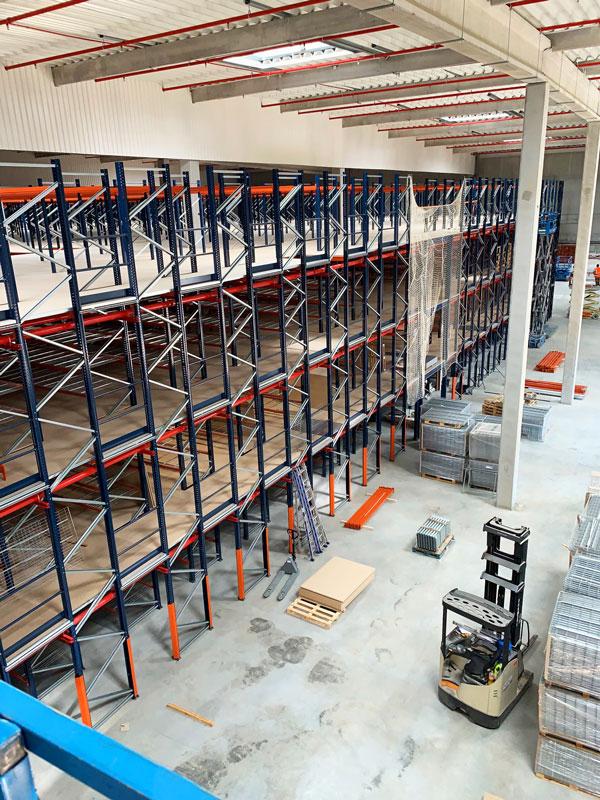 Plateforme De Stockage - Montage De Rayonnages Industriels